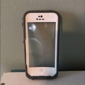 iphone 5c/5s lifeproof case